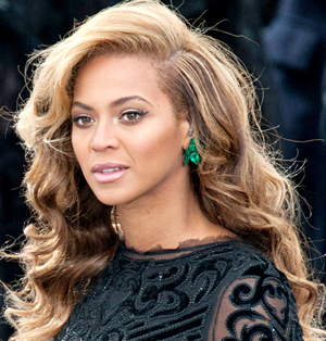 Beyonce Deep Side Part Hairstyle